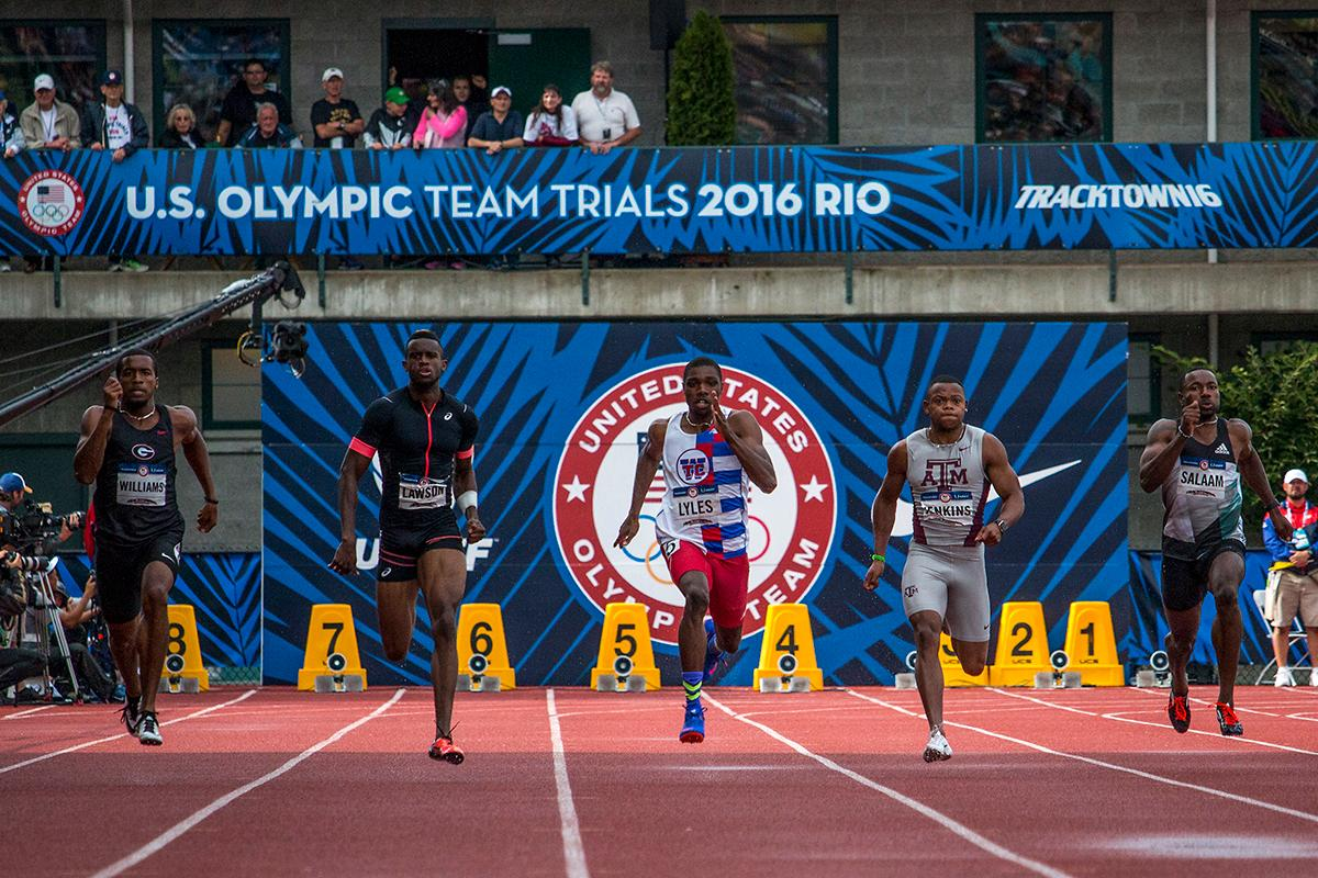 Runners compete in the second heat of the men�s 200 meter dash prelims. Day Eight of the U.S. Olympic Trials Track and Field continued on Friday at Hayward Field in Eugene, Ore. and will continue through July 10. Photo by Katie Pietzold