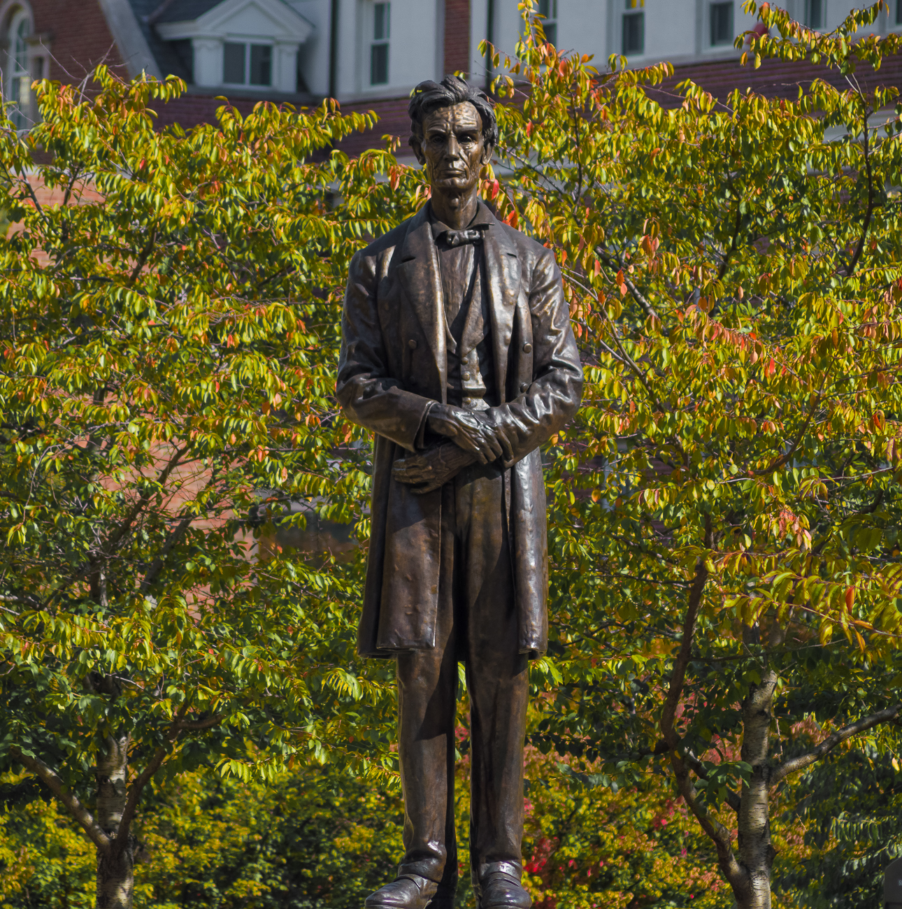 4th Street has a statue of Abe Lincoln / ADDRESS: corner of Ludlow and 4th Street / Image: Phil Armstrong, Cincinnati Refined // Published: 4.23.18