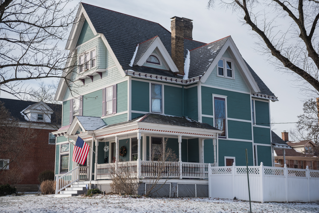 Much of Norwood features many old, beautiful homes. You can find Tudor Revival, Victorian, Colonial Revival, Queen Anne Revival, and other architectural styles in the city. / Image: Mike Menke // Published: 2.14.19