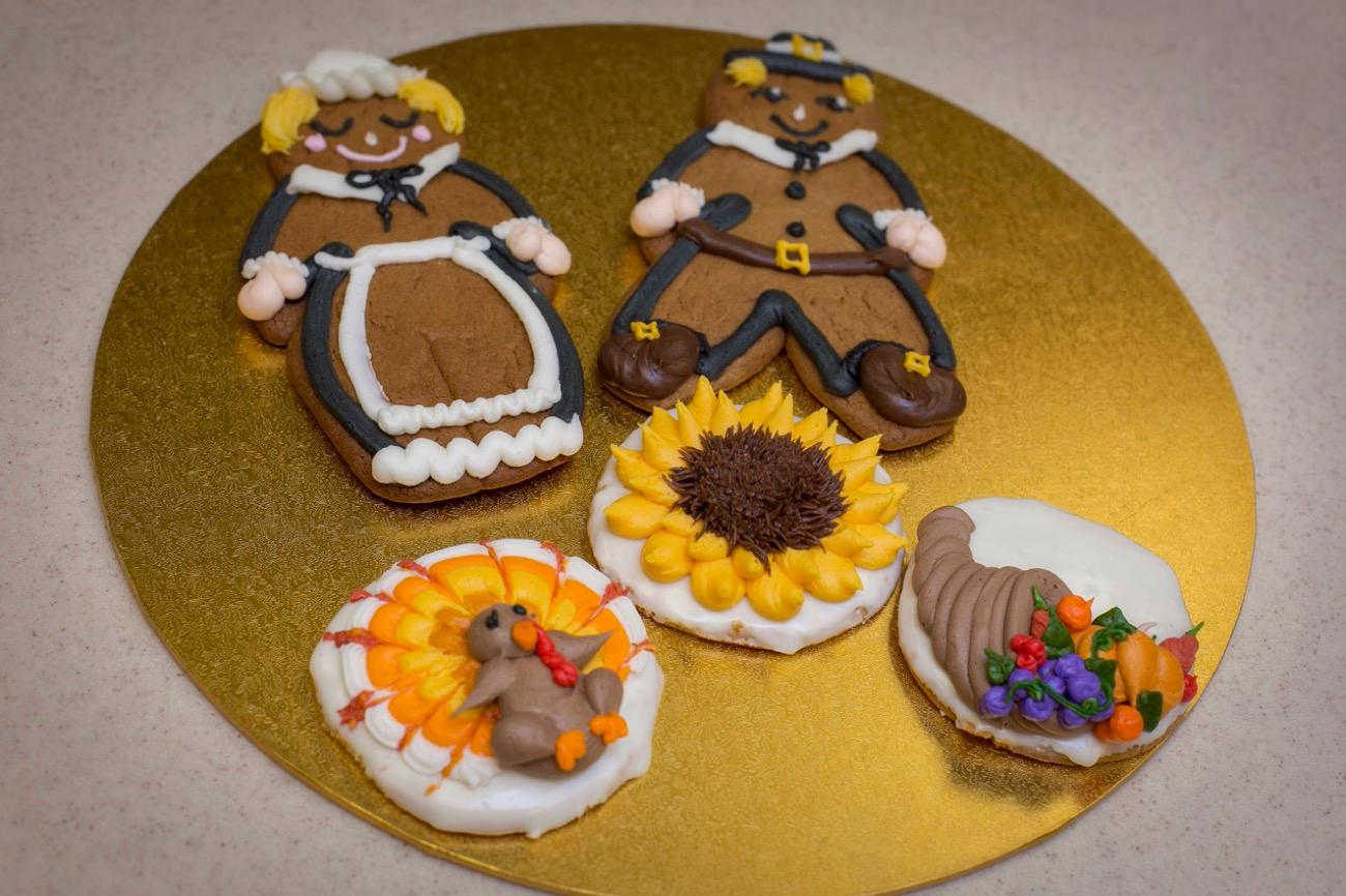 Head to one of Servatii's 12 Greater Cincinnati locations this season for authentic holiday cookies, fruit cake, Christmas tree coffee cake, yule logs, egg nog tortes, and delicious stollen. / Image: Mike Bresnen Photography // Published: 11.7.18