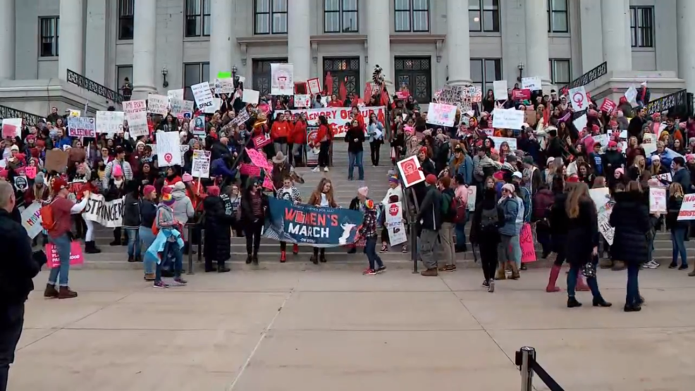 Hundreds participate in Women's March to Utah's Capitol