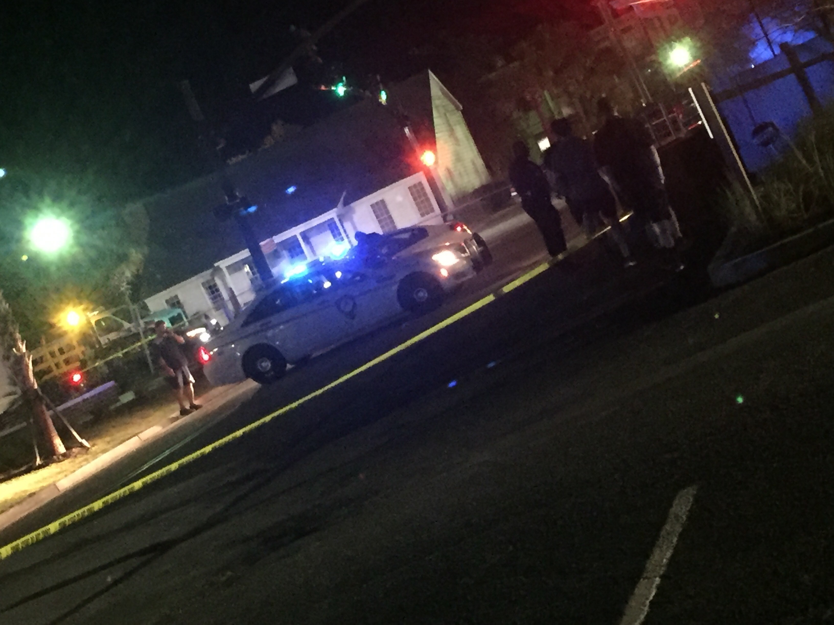 Police block off wide area near Mill Street in Mount Pleasant (WCIV)