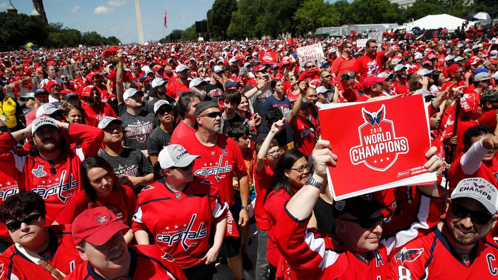 ecbadc9a416 Fans turn out in droves to celebrate Stanley Cup champion Capitals ...