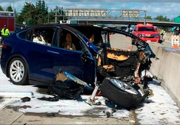 Tesla accelerated, didn't brake ahead of fatal crash