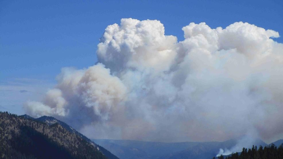 Norse Peak fire causes evacuations for several nearby areas