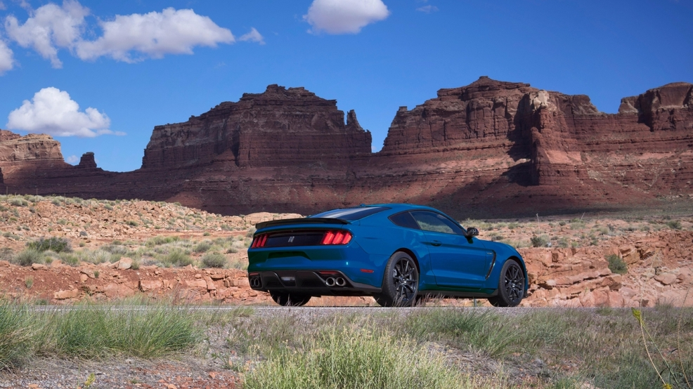 2017 Ford Mustang rear shot.JPG