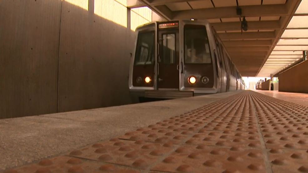 Metro Suspends All 3000 Series Rail Cars Indefinitely After Door Opens On  Moving Train | WJLA
