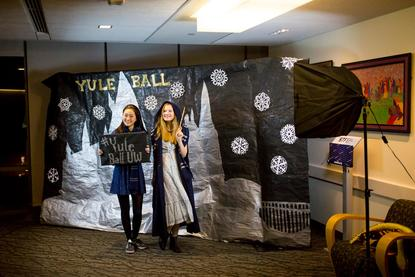 Wingardium Leviosa Uw Students Celebrate With Harry Potter Themed Yule Ball Seattle Refined