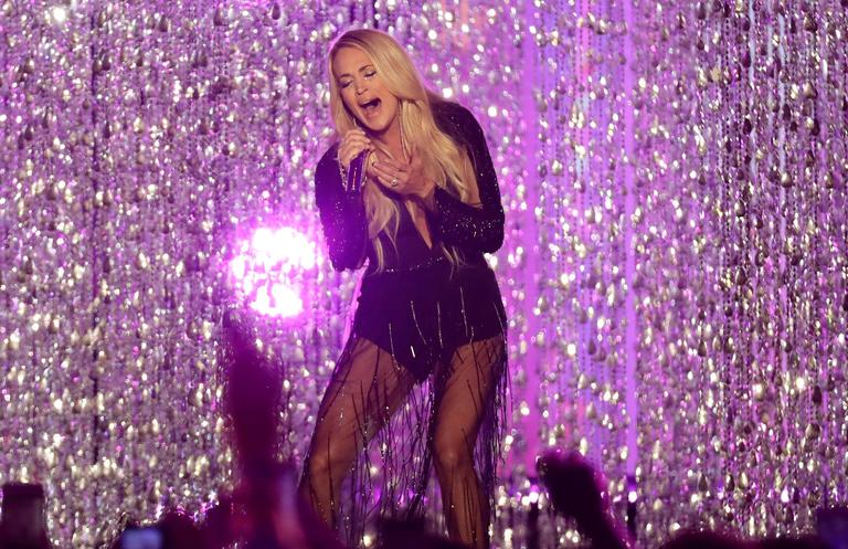 "Carrie Underwood performs "" Cry Pretty"" at the CMT Music Awards{ } (AP Photo/Mark Humphrey)"