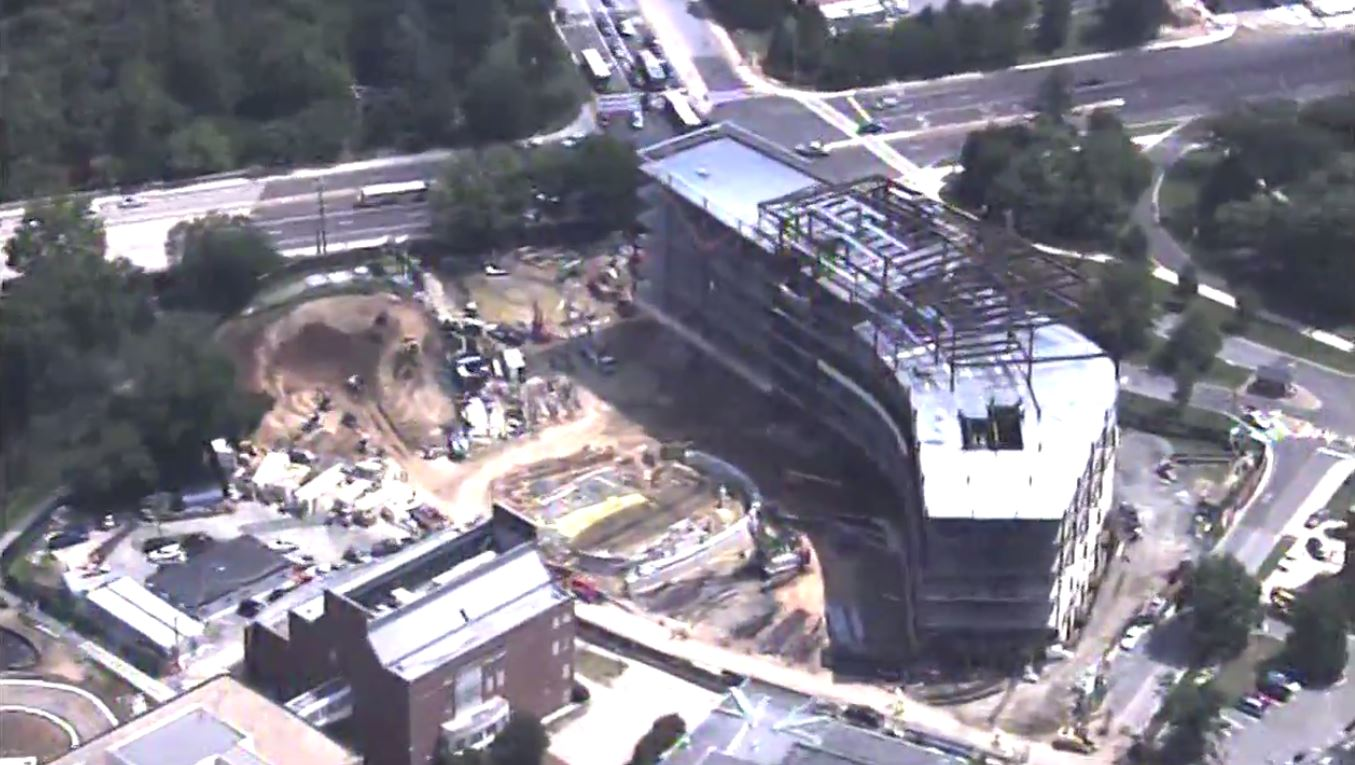 Worker dies in fall from building under construction at UMd. (SkyTrak7)